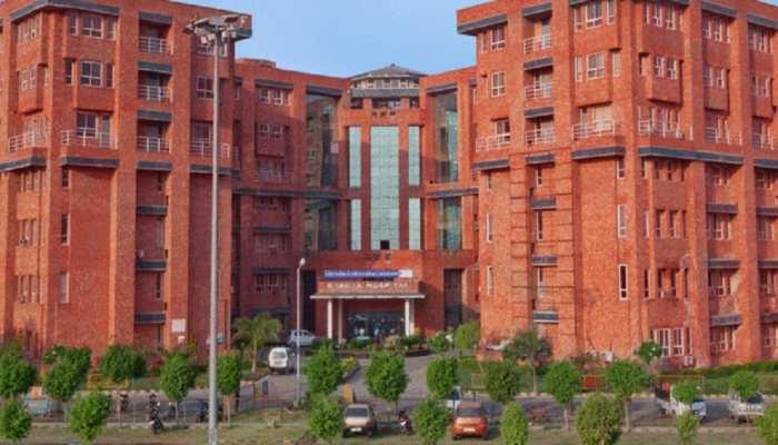 गौतमबुद्ध नगर में लापरवाही: निजी अस्पताल ने कोराना संदिग्ध का सैंपल लेने के बाद भेजा घर, हुई मौत