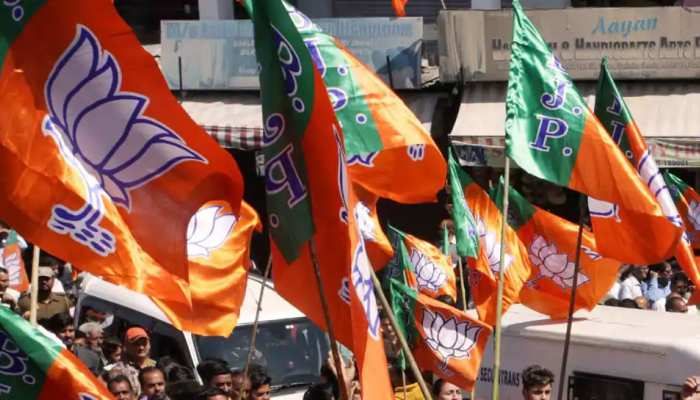 मोदी सरकार 2.0 के एक साल: UP में कल से BJP करेगी 'परिवार संपर्क अभियान'