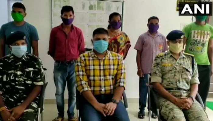 सुकमा में पांच नक्सलियों ने किया आत्मसमर्पण, दो हैं पांच-पांच लाख के इनामी