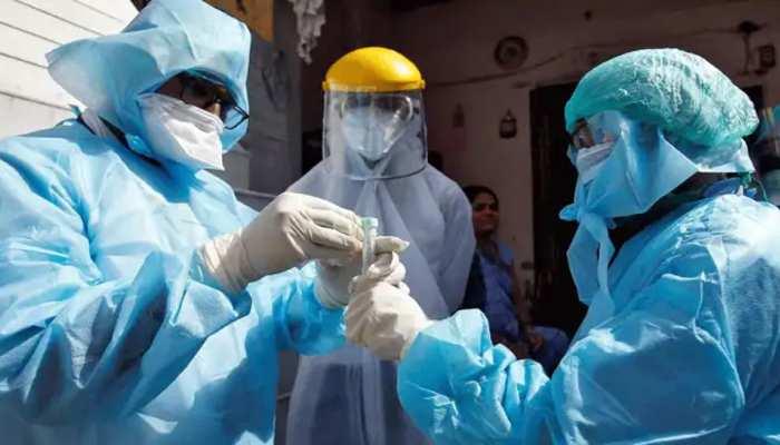 Coronavirus: फिर टूटा रिकॉर्ड, गुज़िश्ता 24 घंटो में सामने आए 12 हज़ार के करीब मामले