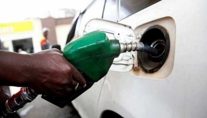 कोरोना संकट के बीच लगातार नौवें दिन महंगा हुआ पेट्रोल-डीजल, जानें कितने बढ़े दाम