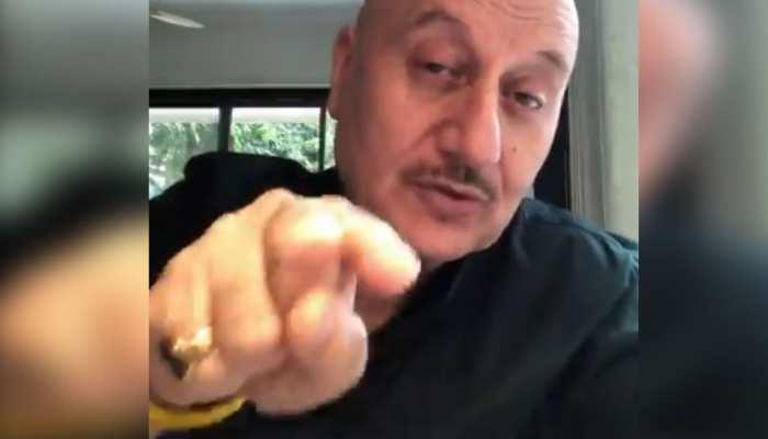 Anupam Kher के शेयर करते ही वायरल हुआ यह VIDEO, कहा- 'समझने वाले समझ गए'