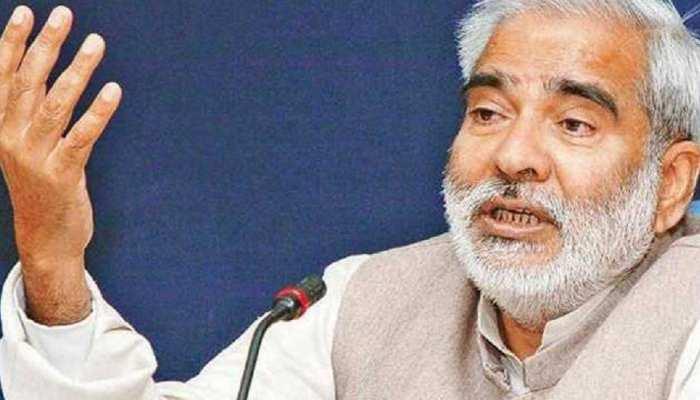 RJD ने रघुवंश को कोरोना होने का पत्रकारों को ठहराया जिम्मेदार, दिया अजीबोगरीब बयान