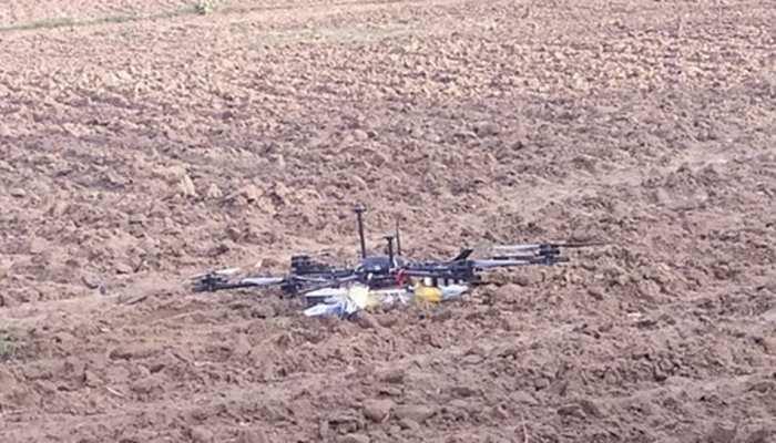 हिंदुस्तानी सरहद में घुसकर जासूसी कर रहे पाकिस्तानी ड्रोन को BSF ने मार गिराया