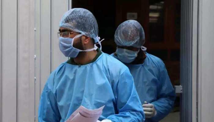 UP: कोरोना संक्रमितों का आंकड़ा 17731 पहुंचा, बीते 24 घंटे में मिले 596 नए केस, अब तक 550 मौतें
