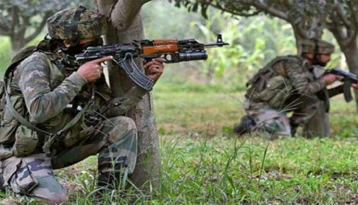 J&K: वेरिनाग के जंगलों में छिपे आतंकियों को सुरक्षाबलों ने घेरा, एनकाउंटर जारी