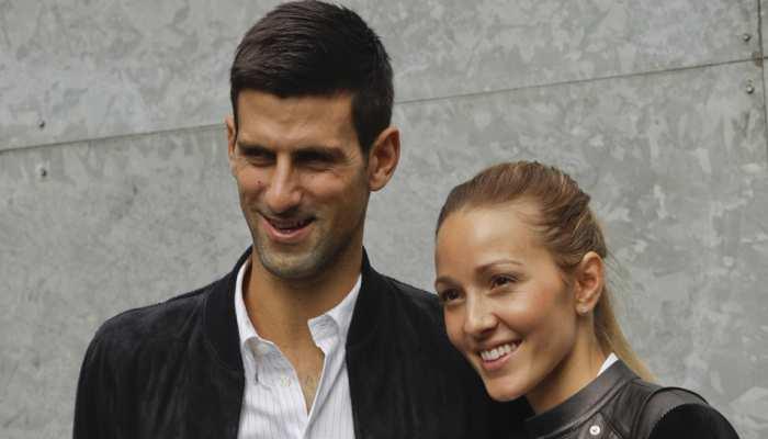 दुनिया के नंबर वन टेनिस खिलाड़ी को हुआ कोरोना संक्रमण, पत्नी भी आईं चपेट में
