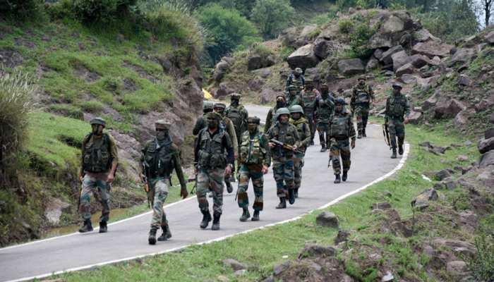 Exclusive! LoC पर भारी संख्या में आतंकियों का जमावड़ा, भारतीय सेना अलर्ट