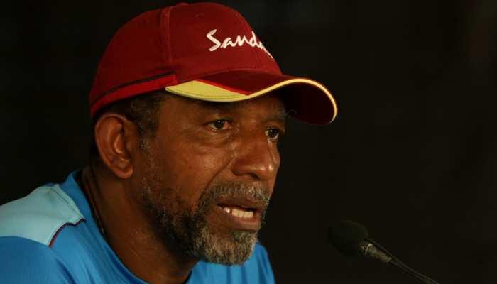 इस क्रिकेट टीम के कोच को हटाने की मांग, ससुर के अंतिम संस्कार में हुए थे शामिल