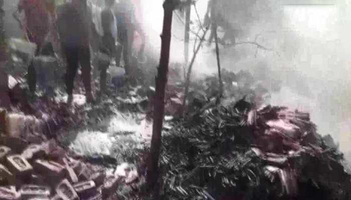 गाज़ियाबाद: गैरकानूनी मोमबत्ती की फैक्ट्री में लगी भयानक आग, 7 लोगों की हुई मौत