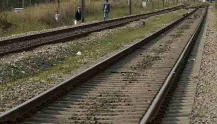 कोटा: रेलवे ट्रैक पर मिला रिटायर्ड जज का शव, मौत की गृत्थी सुलझाने में जुटी पुलिस