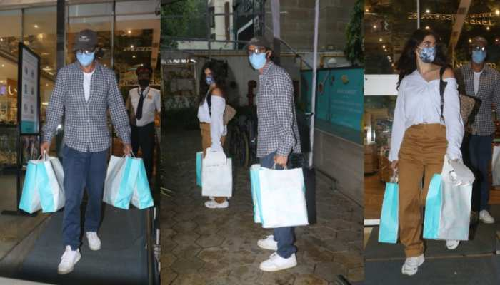Arjun Rampal and his girlfriend snapped at Foodhall