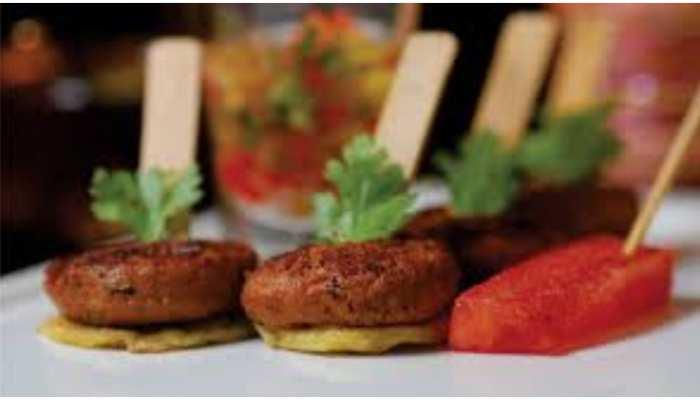 घर में कैसे बनाएं Cheese Kebab? इस रेसिपी को करें फॉलो, उंगलियां चाटते रह जाएंगे
