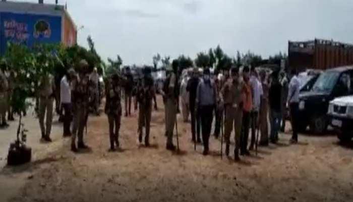 बुलंदशहर में 'कानपुर कांड'! , दबिश देने गई SOG की टीम पर हमला, भाग निकला बदमाश