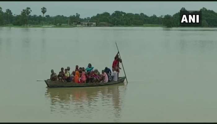 बिहार के कई इलाकों में बाढ़ का खतरा, घरों में घुसा पानी, NDRF अलर्ट