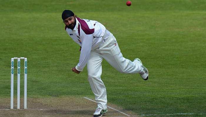 ब्रिटेन में नस्लवाल पर बोले भारतीय मूल के मोंटी पनेसर-क्रिकेट के जरिए इसे खत्म करें