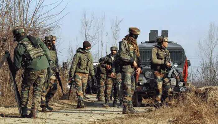 J&K: शोपियां में सुरक्षाबलों को बड़ी कामयाबी, 3 आतंकी ढेर; सर्च ऑपरेशन जारी