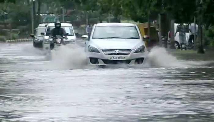DELHI-NCR में मौसम ने ली करवट, तेज़ बारिश के बाद गर्मी से मिली राहत