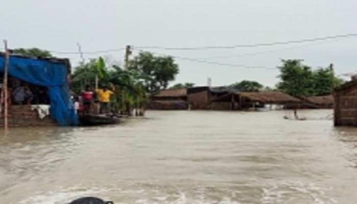 बिहार में कोरोना और बाढ़ ने मचाई 'तबाही', पानी में डूबे कई जिले