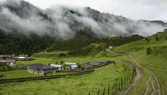 भूटान की जमीन पर अपना दावा करने वाले चीन ने चली नई चाल