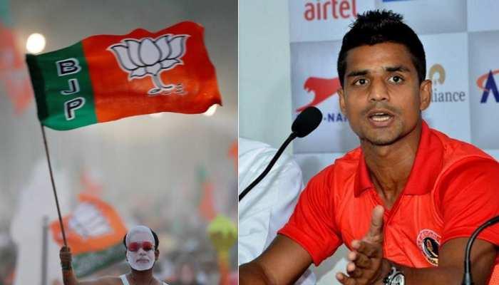 फुटबॉलर मेहताब हुसैन बीजेपी में हुए शामिल, देश सेवा की जताई इच्छा