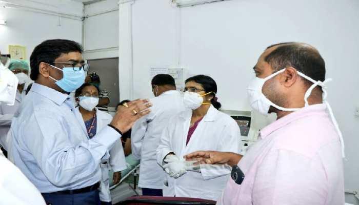 रिम्स में प्लाज्मा थेरेपी शुरू करने के बाद बोले सीएम हेमंत, अब अन्य अस्पताल भी करें तैयारी