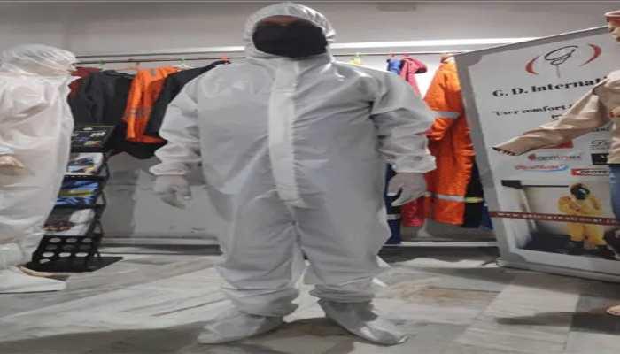स्वास्थ्य विभाग की बड़ी लापरवाही, कोरोना पीड़ित को थमायी PPE KIT,बाइक से भेजा कोविड सेंटर