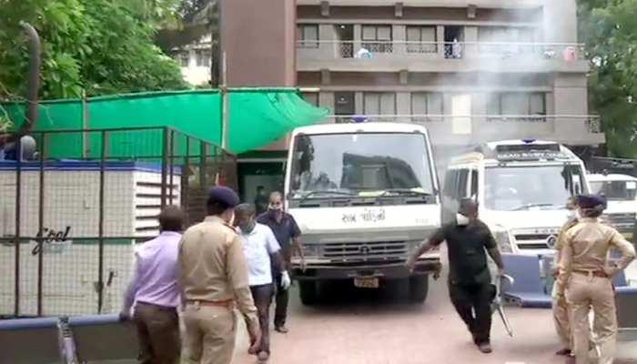 अहमदाबाद: कोरोना अस्पताल में लगी आग, 8 मरीजों की मौत, PMO ने किया मुआवज़े का ऐलान