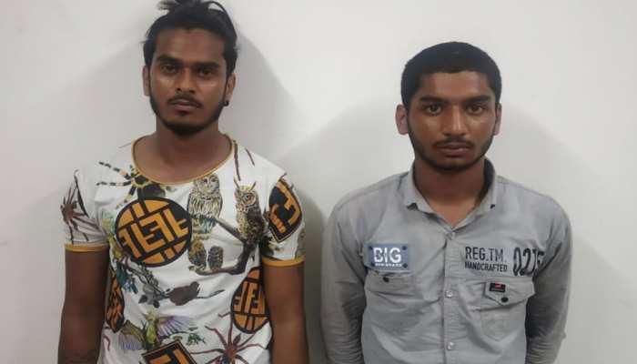 ठक-ठक गैंग के दो शातिर बदमाश गिरफ्तार, लूटे थे एक करोड़ के गहने