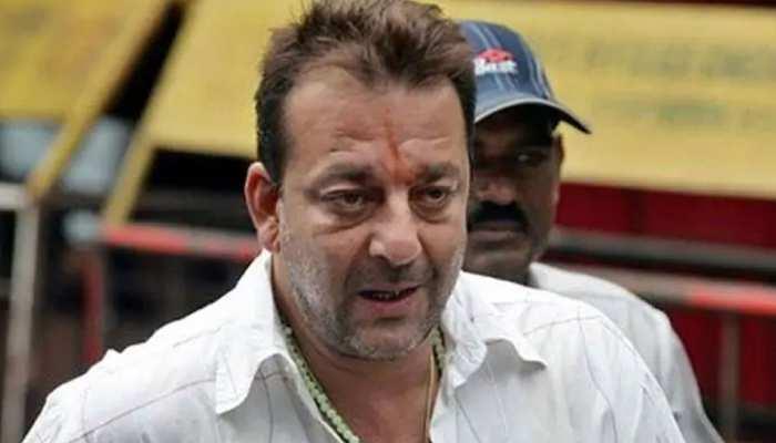 अभिनेता संजय दत्त अस्पताल में भर्ती, कोरोना रिपोर्ट निगेटिव