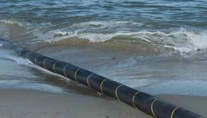 समुद्र के नीचे बिछी ऑप्टिकल फाइबर केबल में आखिर क्या है खास?