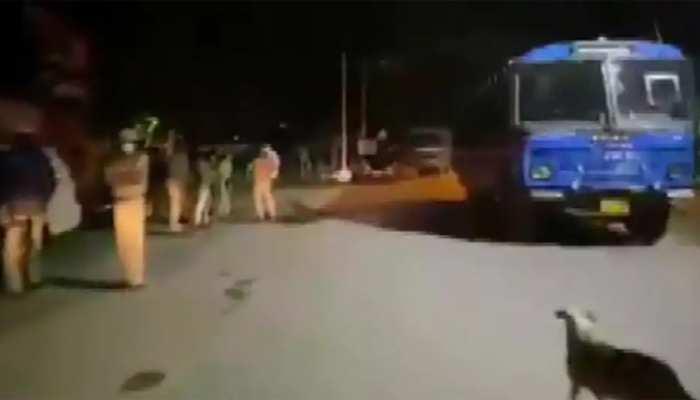 कांग्रेस विधायक के रिश्तेदार ने की भड़काऊ पोस्ट, बेंगलुरु में हिंसा, दो की मौत, कई घायल