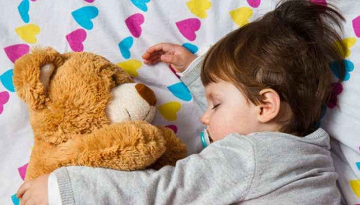 आपके बच्चे के लिए सॉफ्ट टॉयज हो सकते हैं बेहद खतरनाक, बरतें ये सावधानियां
