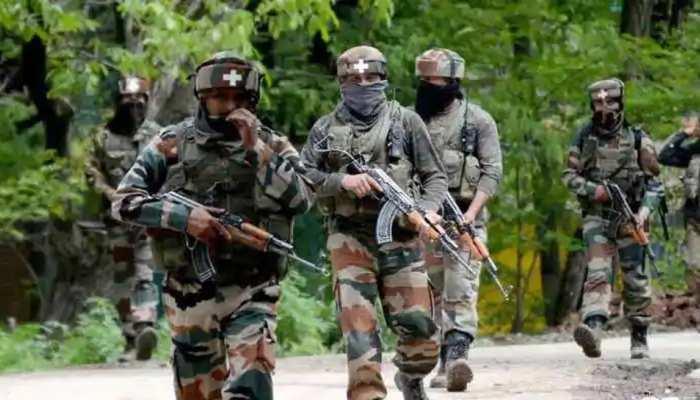 जम्मू-कश्मीर: सिक्योरिटी फोर्सेज़ पर बड़ा दहशतगर्दाना हमला, 3 जवान शहीद
