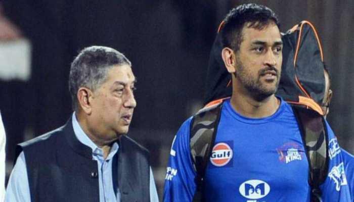 ...तो क्या वर्ल्ड कप जीतने पर भी श्रीनिवासन की मेहरबानी से बची थी धोनी की कप्तानी!