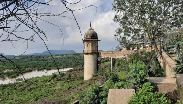 ताला नदी से खुला रामगढ बांध का ताला, 16 साल बाद बांध का हलक गीला