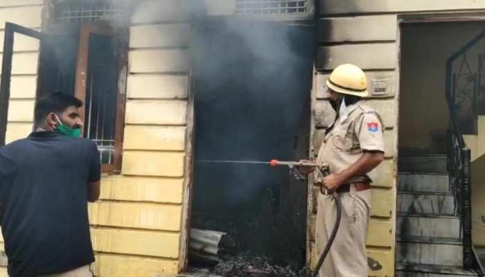 जयपुर: पटाखों के गोदाम में लगी आग, एक व्यक्ति की मौत