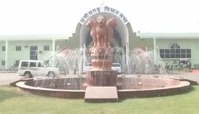 छत्तीसगढ़ में बनेगा नया विधानसभा भवन, भूमिपूजन में सोनिया-राहुल को न्योते पर बिफरी BJP