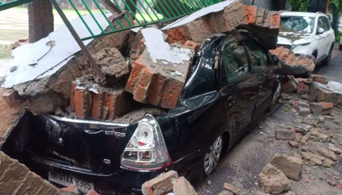 PHOTOS: Wall collapsed due to heavy rains in Saket, many luxury vehicles damaged