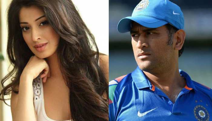 8 unsuccessful love stories between Cricket & Bollywood