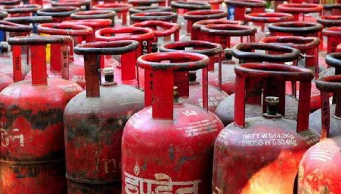 राजस्थान: कोरोना काल में केंद्र ने गैस सब्सिडी पर चलाई 'कैंची', उपभोक्ता परेशान