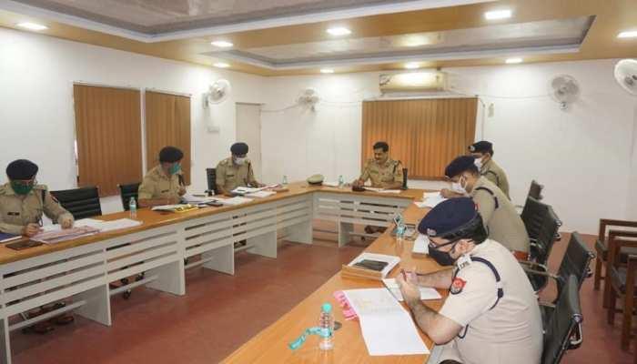 कानपुर: विकास दुबे के खजांची जय बाजपेई समेत 25 अपराधियों की अवैध संपत्ति होगी जब्त