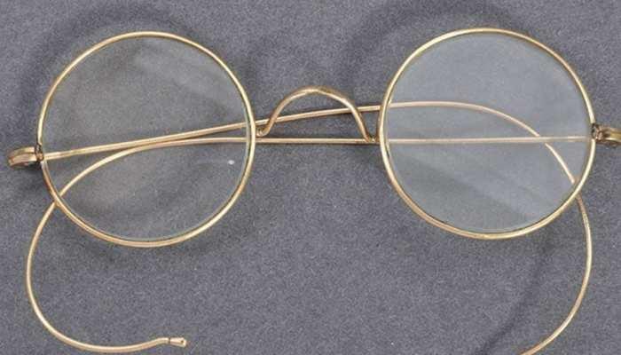 नीलाम हो गया महात्मा गांधी का ये चश्मा, कीमत जान कर आप भी हो जाएंगे हैरान