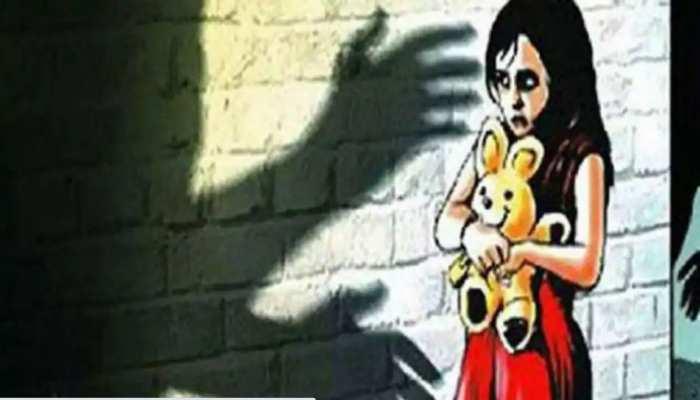 ग्रेटर नोएडा: घर के बाहर खेल रही 11 साल की बच्ची से रेप, पुलिस ने 12 घंटे में आरोपी को दबोचा