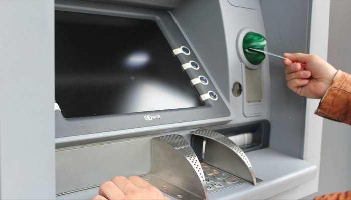 डेबिट कार्ड, क्रेडिट कार्ड पर RBI के नए नियम, ध्यान से पढ़ लें नहीं तो हो सकता है फ्रॉड!