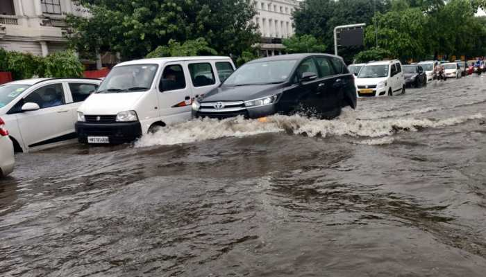 PHOTOS: Rainfall in Delhi-NCR, death of a young man, waterlogging in many areas