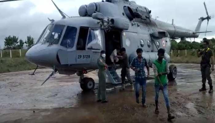 सीहोर: बाढ़ में फंसे लोगों के लिए देवदूत बनी सेना, अब तक 25 से ज्यादा एयरलिफ्ट