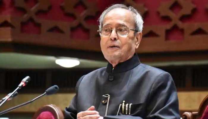 प्रणब मुखर्जी इकलौते ऐसे नेता जिन्होंने 5 बार पेश किया बजट, राष्ट्रपति बने और भारत रत्न भी मिला