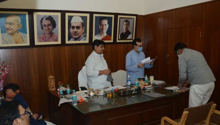 राजस्थान सरकार में अब इन मंत्रियों की होगी छुट्टी, माकन ने मांगा सभी का रिपोर्ट कार्ड
