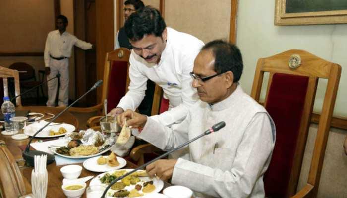 घटिया चावल मामलाः खाद्यमंत्री बोले- मामले की जानकारी नहीं, कांग्रेस ने कहा- उजागर हुआ क्रूर चेहरा
